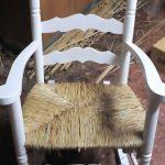 AneasTasio, trabajo artesanal con enea como principal materia prima